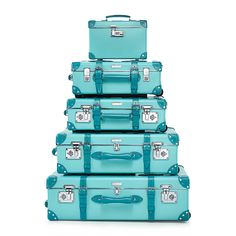 Why not invest in a cute luggage set that you truly love? Here are nine brands that create cute luggage sets that ooze both personality and robustness. Verde Tiffany, Tiffany Blue Box, Tiffany & Co., Tiffany Party, Cute Luggage, Vintage Luggage, Luggage Sets, Vintage Suitcases, Leather Suitcase