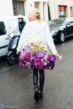 Sofiaz Choice:  The coat of flowers: in Paris