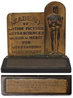 Mary Astor's 1941 Oscar sell at auction for $171,089