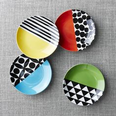 Crate & Barrel Set of 4 Geo Dot Appetizer Plates (47 BRL) ❤ liked on Polyvore featuring home, kitchen & dining, dinnerware, colorful dinnerware, set of 4 plates, crate and barrel dinnerware, crate and barrel and dot plates