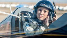 Mélanie Astles, première femme de l'histoire de la Red Bull Air Race