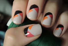 Having short nails is extremely practical. The problem is so many nail art and manicure designs that you'll find online Fancy Nails, Love Nails, Pretty Nails, Cute Nail Art, Beautiful Nail Art, Nail Art Designs, Orange Nail Designs, Geometric Nail Art, Abstract Nail Art