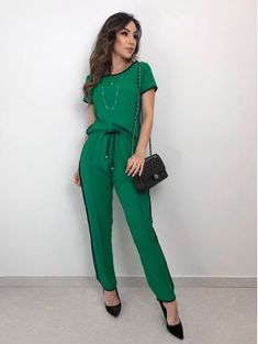 Sporty Chic Style, Look Chic, Casual Chic, Casual Wear, Casual Dresses, Fashion Dresses, Cute Work Outfits, Trendy Outfits, Summer Outfits
