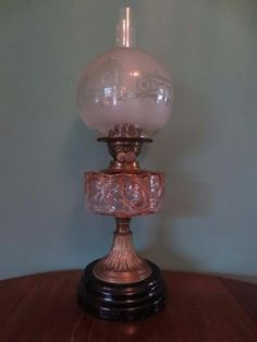 AN-ANTIQUE-VICTORIAN-CIRCA1870-OIL-LAMP-CRANBERRY-GLASS-FONT-ETCHED-GLOBE-SHADE