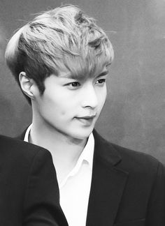 Exo Lay THAT DIMPLE!! AJAKSKDNFIEM