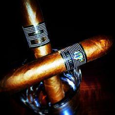 Cohiba behike 54 Cuban Coffee, Cuban Cigars, Men Stuff, Boxes, Man Stuff, Crates, Box, Cubbies, Boxing
