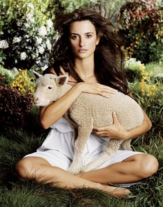 Penelope Cruz ✾ by Michael Thompson Michael Thompson, Cute Lamb, Beautiful People, Beautiful Women, Spanish Actress, Star Wars, Portraits, All The Pretty Horses, Poses