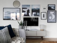 Un appartement familial en couleurs neutres - PLANETE DECO a homes world - Ikea 'Stockholm' sideboard & 'Sinnerlig' table lamp - Living Room Mirrors, My Living Room, Home And Living, Ikea Stockholm Sideboard, Ikea Bank, Inspiration Wand, Muebles Living, Fashion Room, Frames On Wall