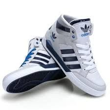 fd5cffabb7ec95 Der neue adidas Hardcourt Hi im weiß - navyblauen Colorway. Foot LockerDrop Adidas ...