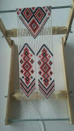 Inkle Weaving, Bead Weaving, Bead Loom Patterns, Beading Patterns, Bead Jewellery, Beaded Jewelry, Native Beadwork, Bead Loom Bracelets, Beading Techniques