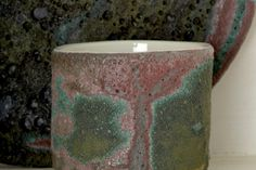 moss porcelain ceramic can and plate with volcanic glaze
