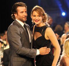 Pin for Later: 24 Raisons Pour Lesquelles Jennifer Lawrence et Bradley Cooper Devraient Se Marier Quel language du corps.