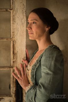Louise Barnes as Black Sails' Mrs. Barlow! One of the most beautiful women on screen lately!