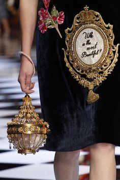 Le sac lustre du défilé Dolce & Gabbana automne-hiver 2016-2017