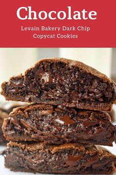 Levain Bakery Dark Chocolate Chocolate Chip Copycat Cookies - My list of the most healthy food recipes Homemade Chocolate, Chocolate Chocolate, Healthy Chocolate, Chocolate Desserts, Cookie Recipes, Dessert Recipes, Levain Cookie Recipe, Levain Cookies, Biscuits