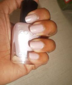 BEST NUDE NAIL POLISHES: Review, Swatches Zoya Touch Nudes Nail Lacquer #bstat