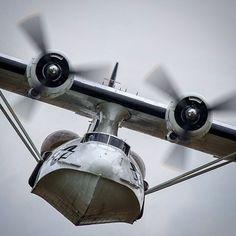 B-25 Mitchell beautifulwarbirds@gmail.com @thomasguettler Beautiful Warbirds Full Afterburner The Test Pilots P-38 Lightning Nasa History Science Fiction World Fantasy Literature & Art