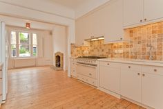 That's luxury, elegance and a jolly good sized kitchen for a grand house in Patchull Road, London NW5