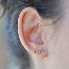 Star Ear Crawlers, wear them two different ways