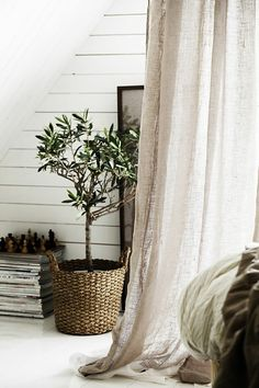 The linen curtain - a beautiful decoration for the interior - Archzine. Gold Curtains, Ikea Curtains, Hanging Curtains, Grey Bedroom With Pop Of Color, Inside A House, Farmhouse Curtains, Linen Bedroom, Retro Stil, Living Room Remodel