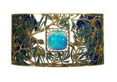 René Lalique -  França, c. 1899-1901,  Ouro, opala e esmalte