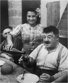 Hackel Bury Fine Art - Willy Ronis - Le Vigneron Giroudin, 1945