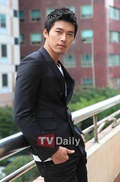 Hyun Bin Hyun Bin trigésimo cumpleaños maratón conmemorativa restaurador! Naver :: Blog