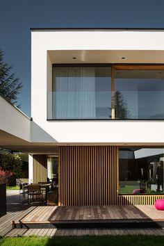 Jürgen Haller - Projekte Modern Architecture House, Residential Architecture, Architecture Design, Modern Villa Design, Casas Containers, House Elevation, Facade House, Home Fashion, New Homes