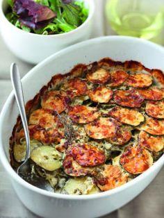 Gratin de courgettes (doubler la recette, faire revenir les oignons avec des lardons)