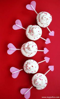 The cutest Valentine's cupcakes