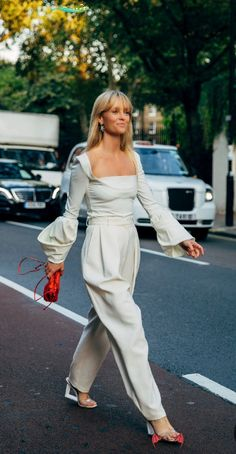☆<br> London, Chic, Street, Fashion, Elegant, Moda, La Mode, Roads, Fasion