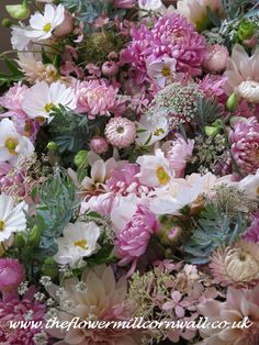 October natural wedding flowers...........by www.theflowermillcornwall.co.uk