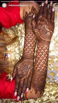 36 Trendy Arabian Bridal Henna Mehndi Designs You will find different rumors about the annals of the wedding dress; Easy Mehndi Designs, Rajasthani Mehndi Designs, Henna Hand Designs, Dulhan Mehndi Designs, Latest Mehndi Designs, Mehandi Designs, Mehndi Design Photos, Wedding Mehndi Designs, Beautiful Mehndi Design
