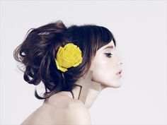 Maria Francesca Pepe A/W '12 Look Book. Gorgeous styling. Big hair & stunning bright yellow flower as fascinator. Beauty!