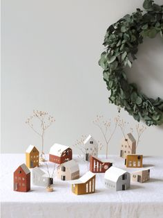 BYGGE – TINY HOUSES BYGGE is a village of 12 highly diverse houses: traditional, rural, cosy and old but also contemporary urban and modern. They are genuinel Christmas Interiors, Christmas Home, Christmas Crafts, Xmas, Victorian Christmas, Decoration Christmas, Holiday Decor, Papier Diy, Warm Home Decor