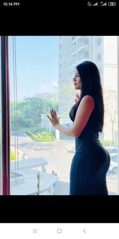 Sexy Asian Girls, Beautiful Asian Girls, Burmese Girls, Myanmar Women, Curvy Girl Outfits, Healthy Women, Skin Tight, Beautiful Celebrities, Country Girls