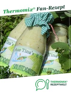 "Salatsoße ""Lecker"" auf Vorrat Salad sauce ""delicious"" in stock by Tina. A Thermomix ® recipe from the Sauces / Dips / Spreads category www.de, the Thermomix® Community. Coleslaw Dressing, Salad Dressing Recipes, Vinaigrette, Coleslaw Sandwich, Cabbage Salad Recipes, How To Make Dough, Salad Sauce, Sauces, How To Make Salad"
