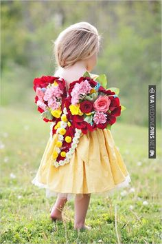 flower girl floral wedding wings | CHECK OUT MORE IDEAS AT WEDDINGPINS.NET | #weddings #flowergirls #ringbearers