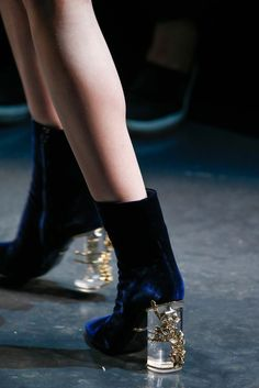 velvetrunway:  Shoes at Roberto Cavalli Fall 2015 RtW MFWposted by @fatalscroll