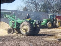 Farm 2, Farm Life, Mean Green, John Deere Tractors, Vintage Farm, Monster Trucks, Cattle, Classic, Toy