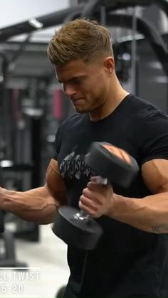 Gym Workout Chart, Gym Workout Videos, Gym Workout For Beginners, Gym Workouts, Bicep And Tricep Workout, Forearm Workout, Dumbbell Workout, Weight Training Workouts, Shoulder Workout