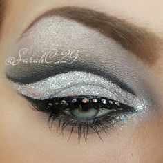 Party Eye Makeup - I do Make Up in the Car Cheer Makeup, Rave Makeup, Kiss Makeup, Beauty Makeup, Party Eye Makeup, Rhinestone Makeup, Eye Makeup Designs, Fantasy Make Up, Carnival Makeup