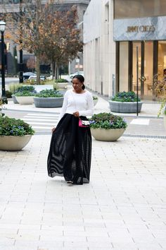 HOLIDAY STYLE HIT LIST WITH BLOOMINGDALES ATLANTA : PEARL GIRL