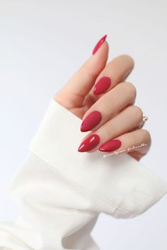 30 Eye-catching Red Nail Art Designs to Show Your Style; wine red… 30 Eye-catching Red Nail Art Designs to Show Your Style; Red Nail Art, Red Acrylic Nails, Acrylic Nail Designs, Pink Nails, Glitter Nails, Nail Art Designs, Nails Design, Matte Nails, Red Manicure