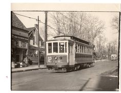 New Rochelle trolley on Webster Ave near French Ridge (from Bruzzese collection).