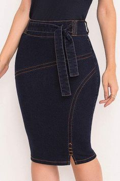 Jean Dress Outfits, Denim Skirt Outfits, Midi Skirt Outfit, Denim Fashion, Fashion Outfits, Latest African Fashion Dresses, Classy Dress, Clothes For Women, Fashion Clothes