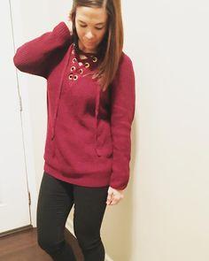 Fashion | Fall Sweater | Fall Fashion | Fall Outfit Idea | Lace-Up Sweater