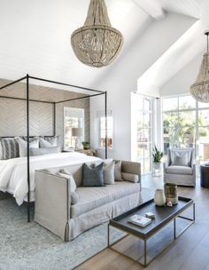Lindye Galloway Interiors - Coastal Modern