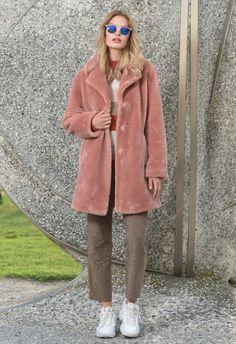 Coats For Women, Faux Fur, Fur Coat, Lady, Jackets, Collection, Fashion, Girls Coats, Down Jackets