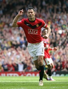 From Adidas to Umbro to Nike, Ryan Giggs wore 48 different strips during his 23 years in the Manchester United first-team.Giggs donned everything from acid Originals to depressing grey strips to gingh. Manchester United Wallpaper, Manchester United Players, Best Football Players, Football Team, Man Utd Fc, Man United, Soccer, The Unit, Sports